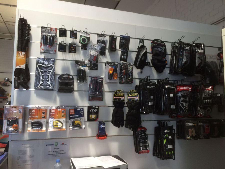 tienda accesorios para motos