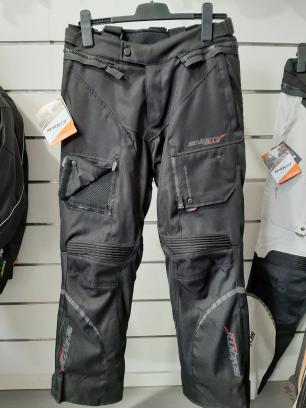 pantalón para moto