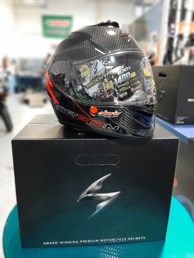 Casco de moto Scorpion EXO 1400 Air