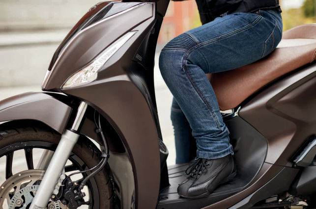 Pantalones moto vaqueros Seventy