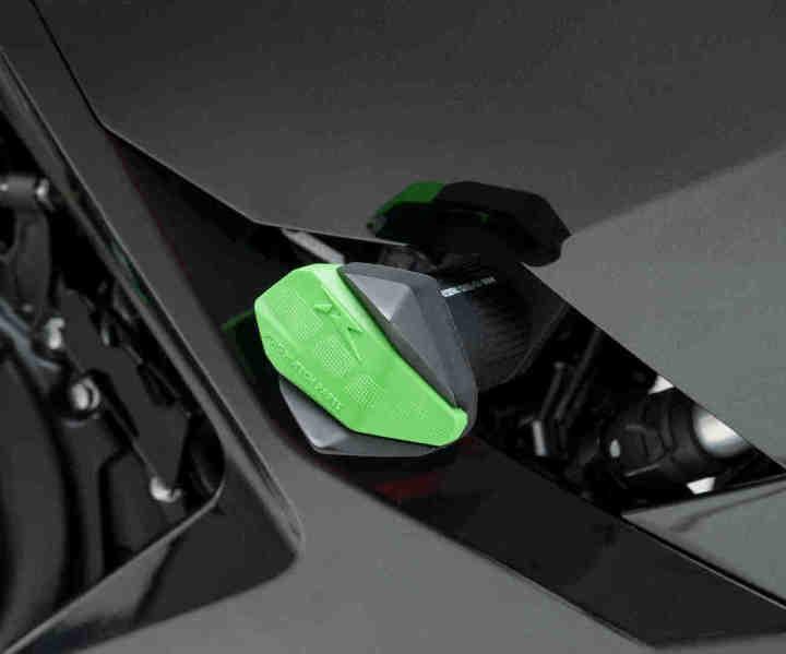 gomas protector Puig R12 para motos